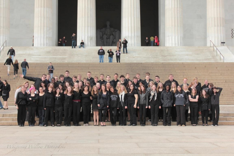 Washington DC - Lincoln Memorial - Moorhead HS Choir 2012