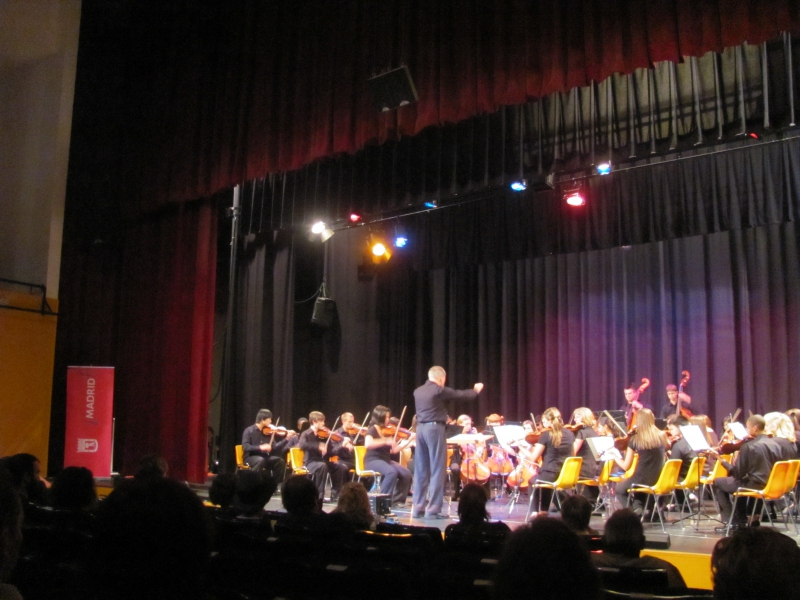Madrid - Centro Cultural Antonio Machado - Waubonsie Valley HS Orchestra 2011